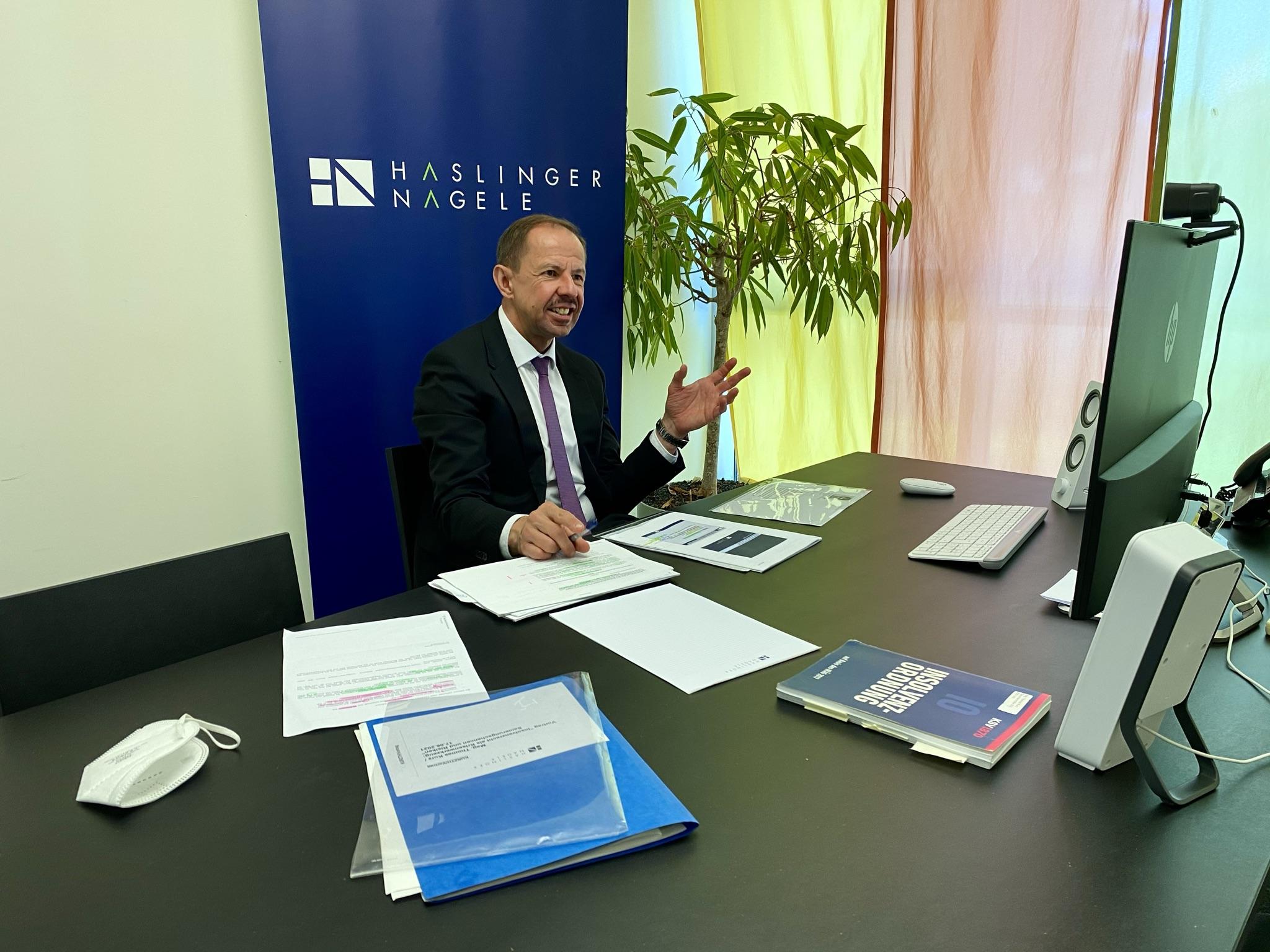 Thomas Kurz beim Online-Vortrag Insolvenzrecht
